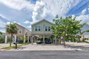 31052 Ave D, Big Pine Key, FL 33043