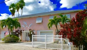 1 Driftwood Terrace, Key Haven, FL 33040