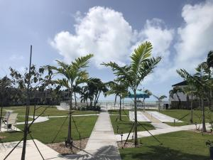 581 E Ocean Drive, 18, Key Colony, FL 33051