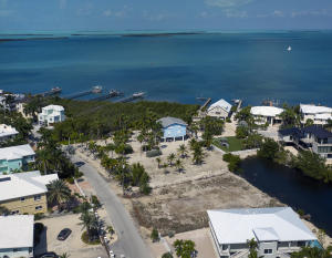 86 Bounty Lane N, KEY LARGO, FL 33037