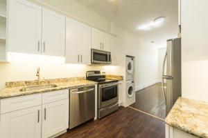 901 Truman Avenue, 3, Key West, FL 33040
