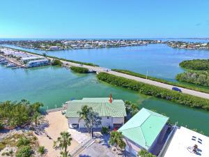101 Coral Lane, Key Colony, FL 33051