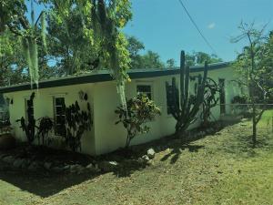 132 N Hammock Road, Upper Matecumbe Key Islamorada, FL 33036