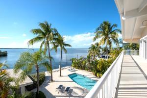 400 Coconut Palm Boulevard S, Tavernier, FL 33070
