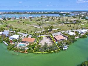 120 Ft of waterfront 85 Ft street side and 115 ft deep