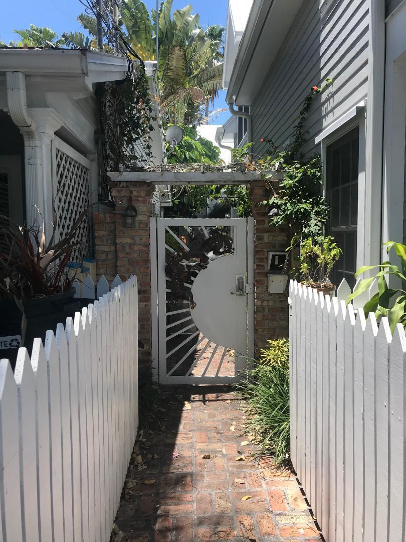 906 Frances Street B