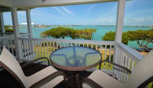 5017 Sunset Village Drive, Duck Key, FL 33050