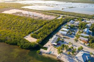Pirates Road, Cudjoe Key, FL 33042