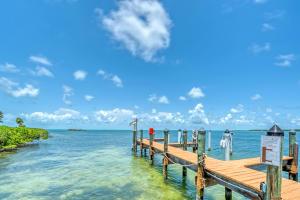 Docks & Open Water Gulf Views