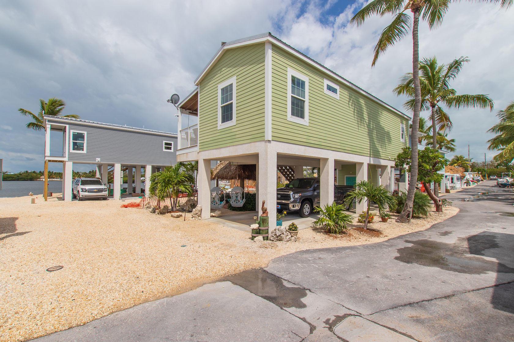 Sensational Oceanfront Homes Fl Keys Real Estate Islamorada Marathon Interior Design Ideas Gresisoteloinfo