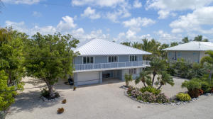 16763 E Point Drive, Sugarloaf Key, FL 33042