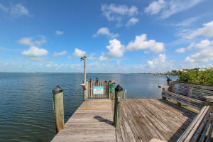9828 Mariners Avenue, Key Largo, FL 33037