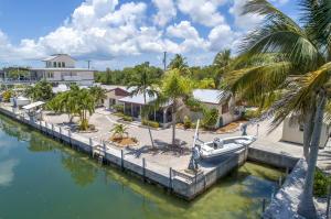 370 W Shore Drive, Summerland Key, FL 33042