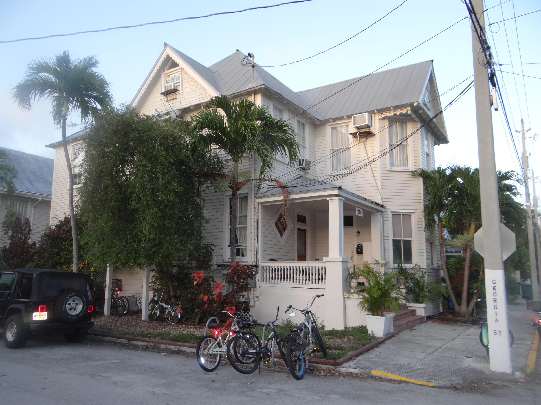 1220 Newton Street