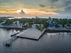 Your private oceanfront resort with almost an acre of property