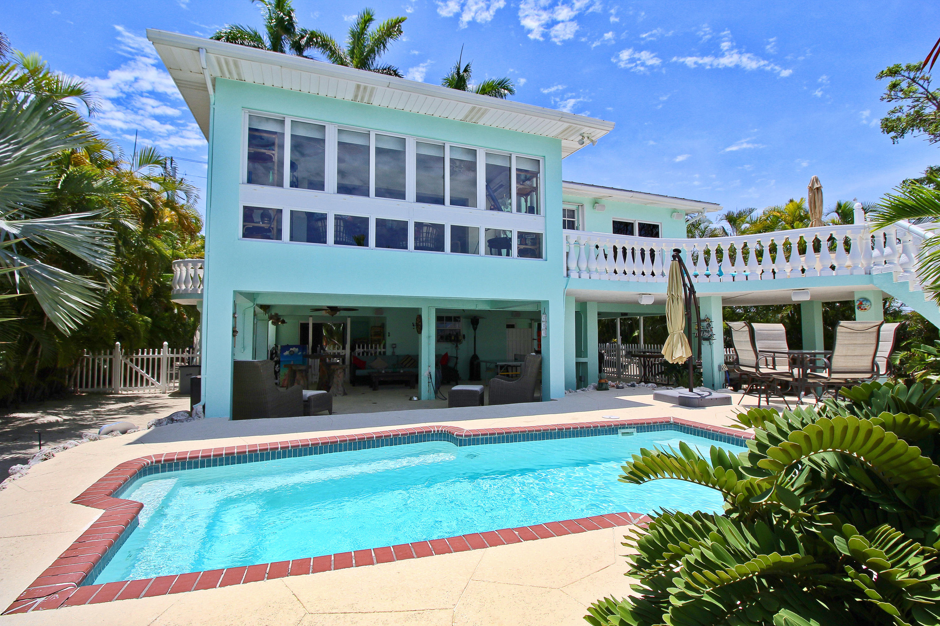 558 Sombrero Beach Road