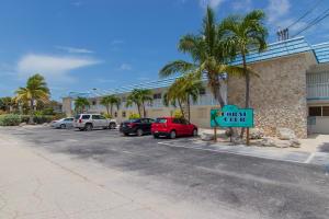 389 Anglers Drive, 205, Marathon, FL 33050