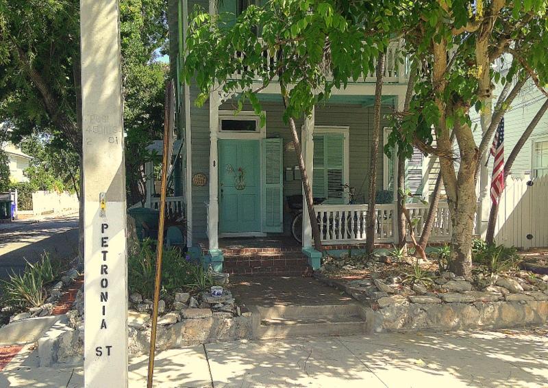 1401 Petronia Street