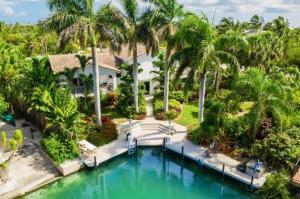 17194 Coral Drive, Sugarloaf Key, FL 33042