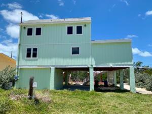 168 Iroquois Drive, ISLAMORADA, FL 33036