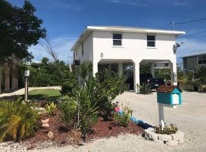 383 Les Rohde Drive, Ramrod Key, FL 33042