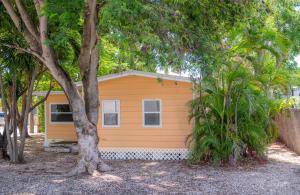 101 Poinciana Drive, Key Largo, FL 33037