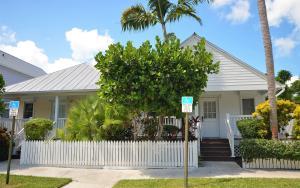 Duplex Style Villas 7104 and 7105