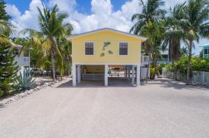 27438 Haiti Lane, Ramrod Key, FL 33042