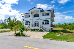 106 Antigua Street, Duck Key, FL 33050