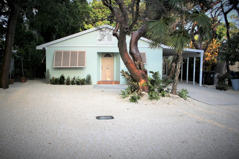 233 Hibiscus Street
