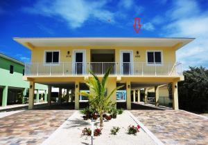 400 3rd Street, Key Colony, FL 33051