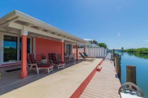 93 Coral Lane, Key Colony, FL 33051