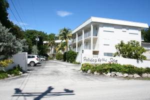 300 Ocean Drive, 24, Key Largo, FL 33037