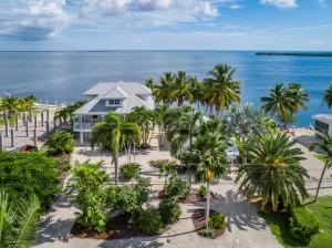 2155 Matthews Road, Big Pine Key, FL 33043