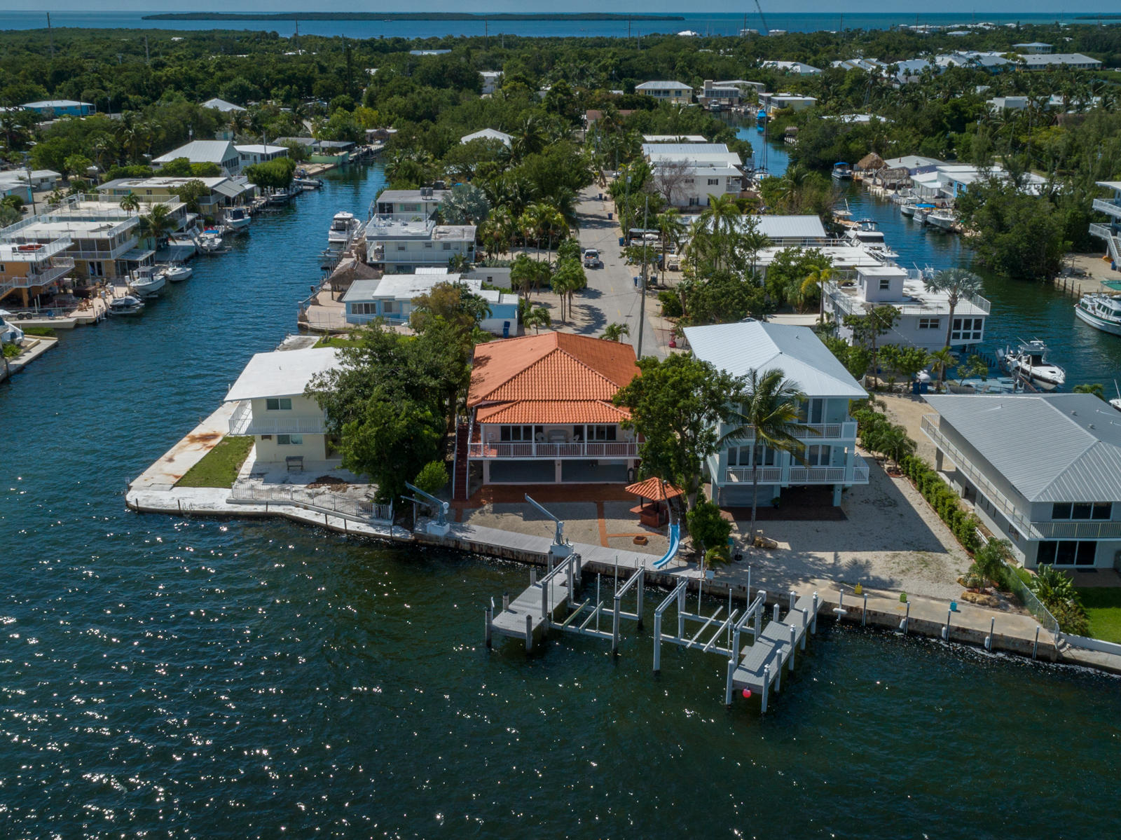 306 Jolly Roger Drive, KEY LARGO, FL 33037