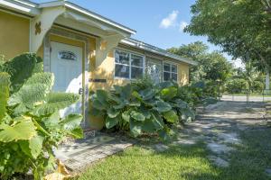 30431 Poinciana Road, Big Pine Key, FL 33043