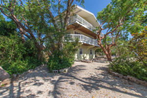 110 N Rolling Hill Road, Plantation Key, FL 33070