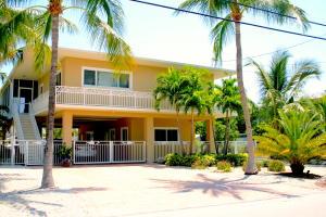 142 Bessie Road, Plantation Key, FL 33070