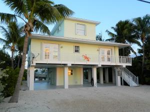423 Indies Road, Ramrod Key, FL 33042