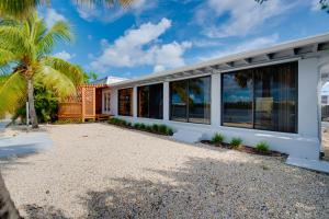 121 Key Haven Road, Key Haven, FL 33040