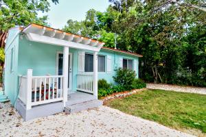 42 Coral Drive, KEY LARGO, FL 33037