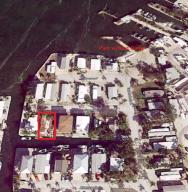 34 E Ave, KEY LARGO, FL 33037