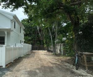 1316 1/2 Whalton Street, Key West, FL 33040