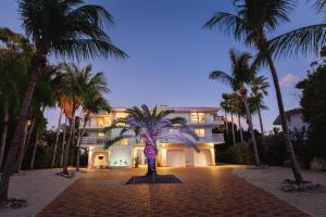 70 Ocean Front Drive, KEY LARGO, FL 33037