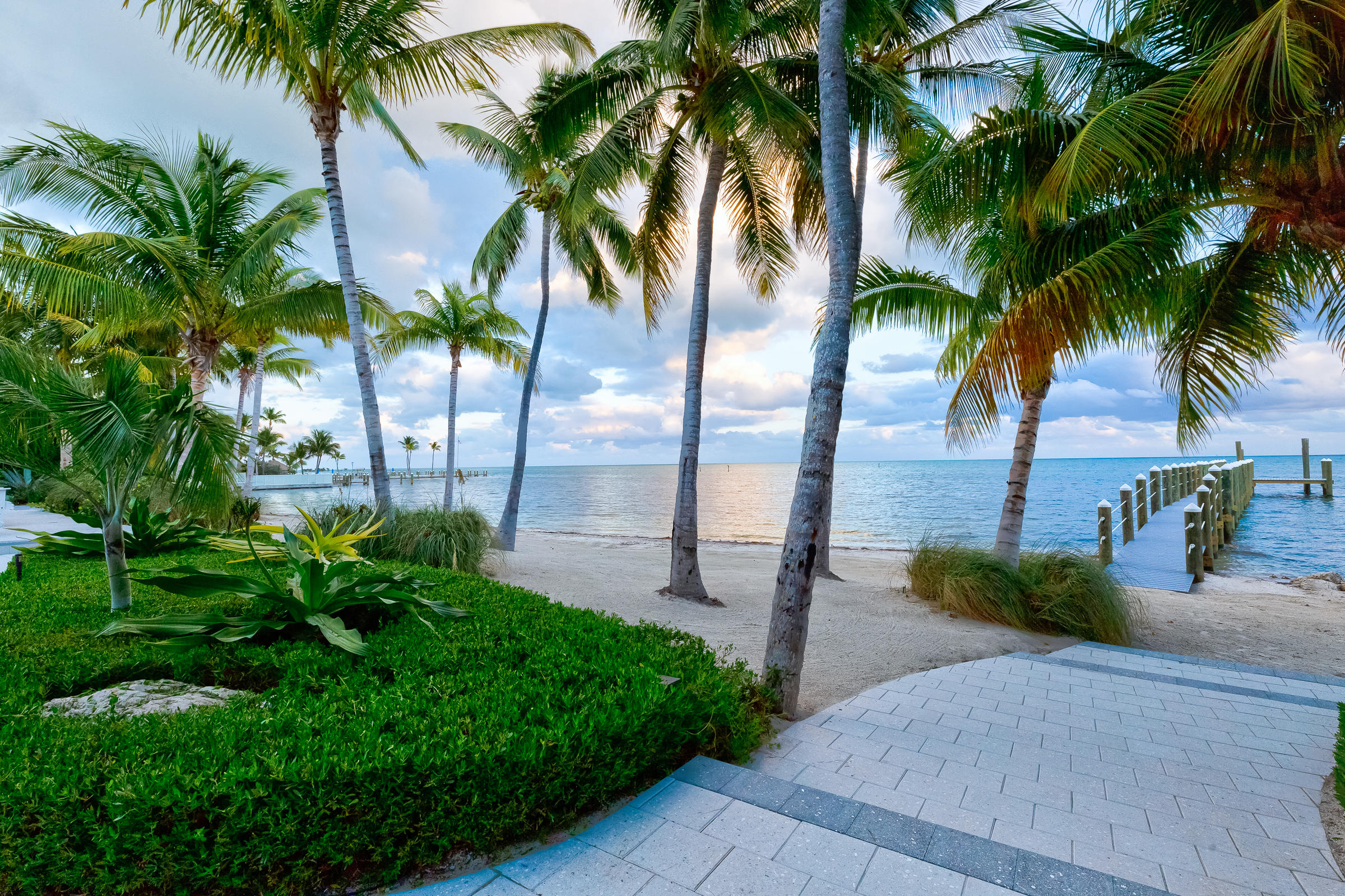 Lisitng Image number4 for 80221 Overseas Highway