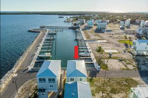 94825 Overseas Highway 244, KEY LARGO, FL 33037