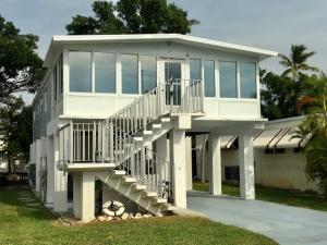 511 Ruby Avenue N, KEY LARGO, FL 33037