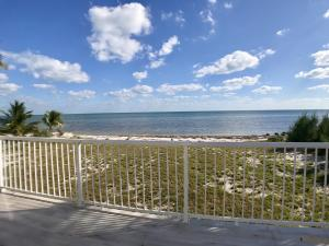 1435 Long Beach Drive, Big Pine Key, FL 33043