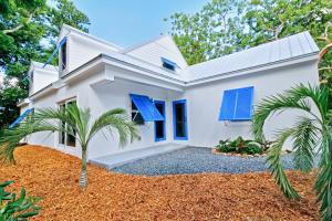 40 Coral Drive, Key Largo, FL 33037