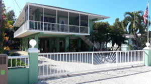 105 Marina Avenue, KEY LARGO, FL 33037